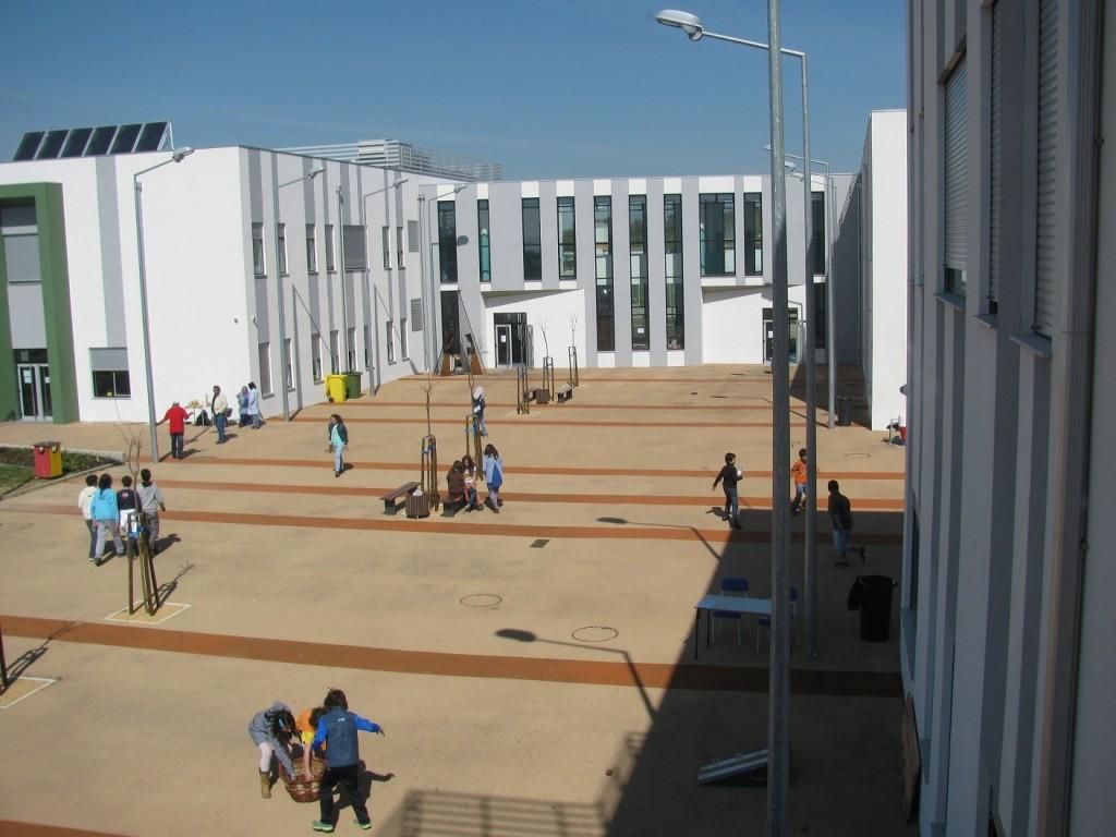 Escolas exterior (1)