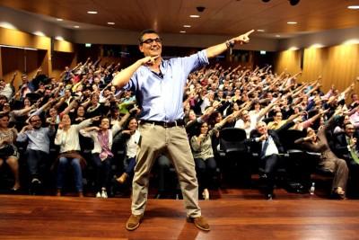 Jorge Sequeira numa sessão de motivacionismo (DR Jorge Sequeira)
