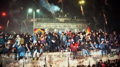 A Europa festejou, em 1989, a queda do Muro de Berlim / Foto: D.R