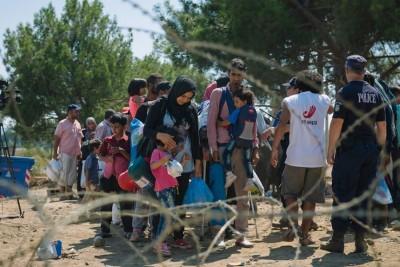 O fluxo de refugiados continua a aumentar na ilha de Lesbos