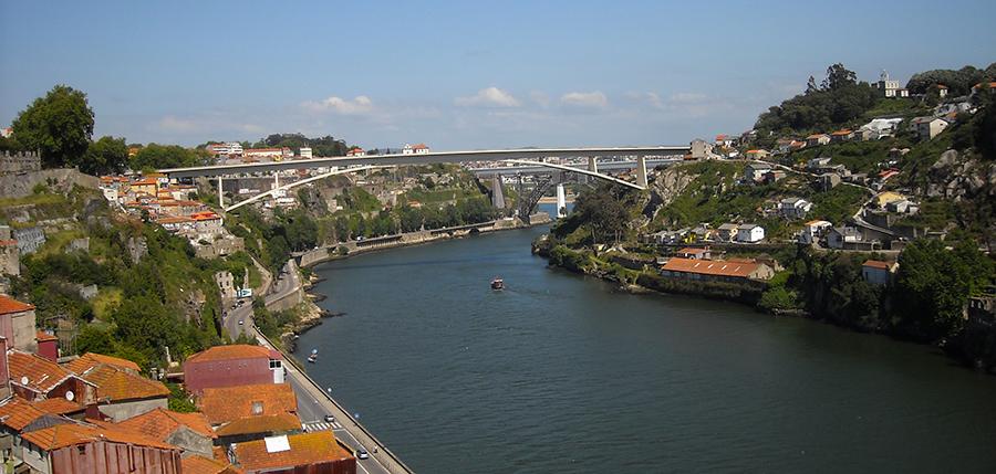 Porto,_Gaia_e_o_rio_Douro