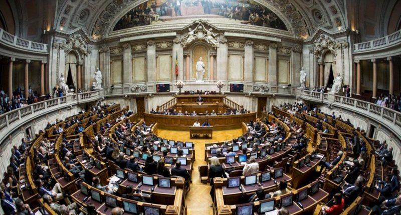 Reposição das 35 horas - Assembleia da Republica