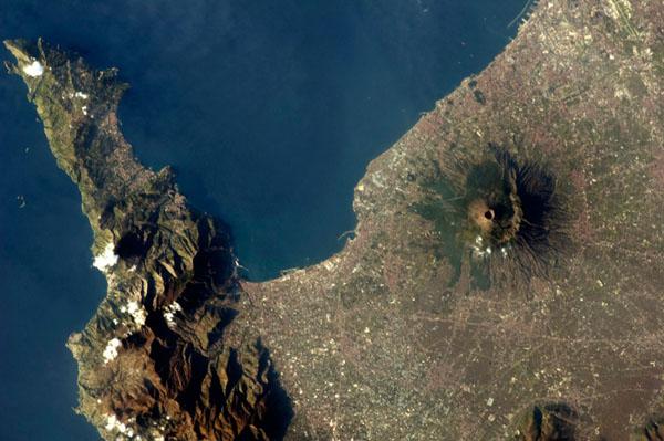 Foto de Chris Hadfield - Itália, vulcão Vesúvio