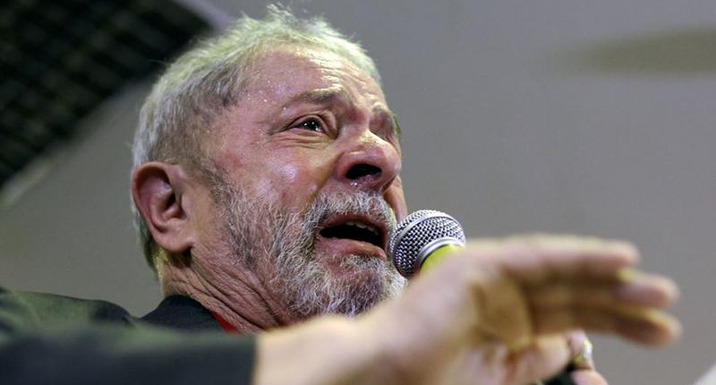 Contra Lula e em defesa de Lula