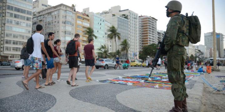 Para Lula, intervenção no Rio é aposta de Temer para ser candidato