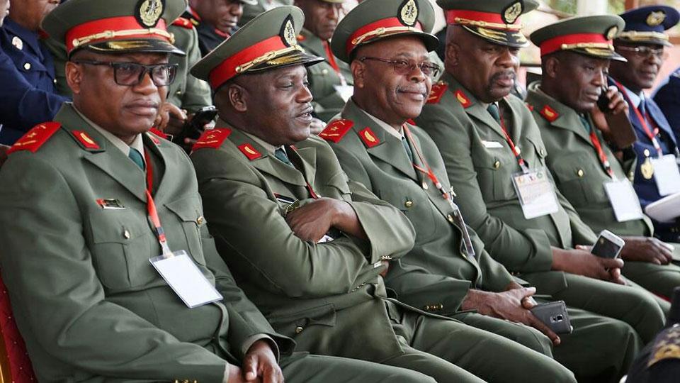 PR angolano exonerou 22 altos responsáveis no Estado-Maior e Forças Armadas