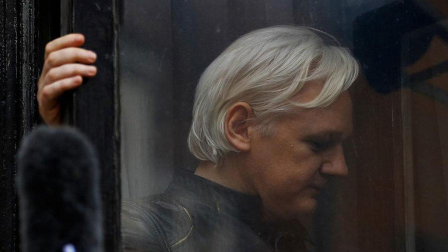 Equador pode entregar Julian Assange ao Reino Unido, diz agência russa