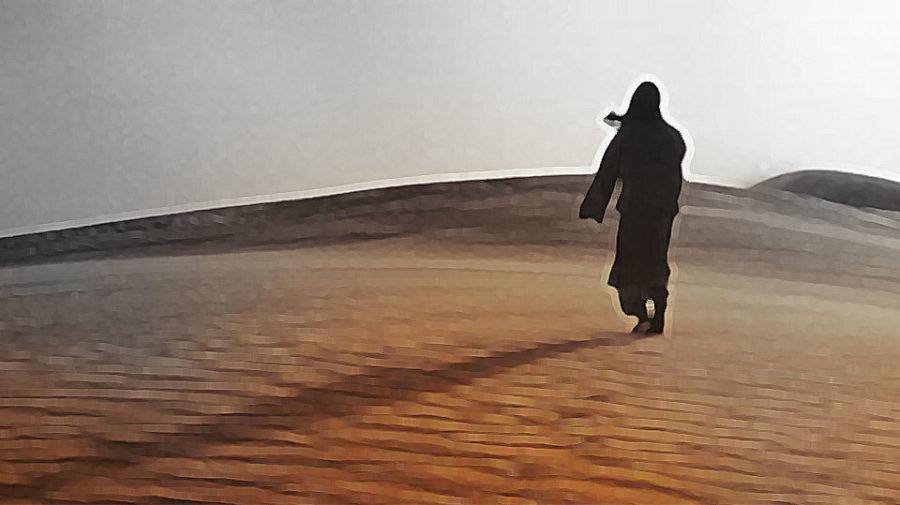 O meu corpo jaz vivo pelo deserto