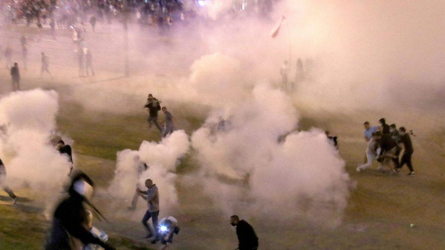 Bielorrússia: Violência sobre manifestantes pacíficos deve ser investigada