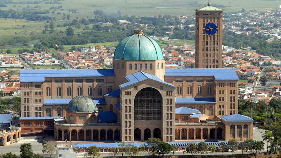 Bispos anti-Bolsonaro recebem apoio de intelectuais e de 1.058 padres